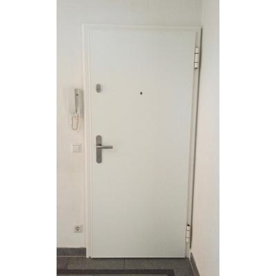 Wohnungseingangstür mit Nachrüstzarge - Innenansicht